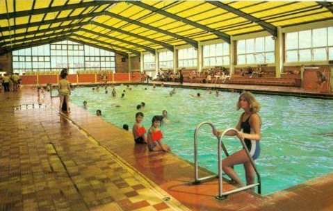 swimmingpool1973.jpg
